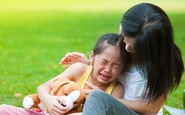 「そんなことしちゃダメ!」と言いがちな親たちへ【「ちゃんと失敗する子」の育て方 Vol.3】