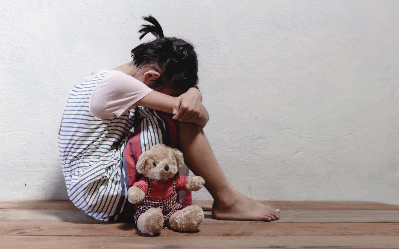 子どもが泣くと怒りが沸く…その負の感情が世代間連鎖を生む!?
