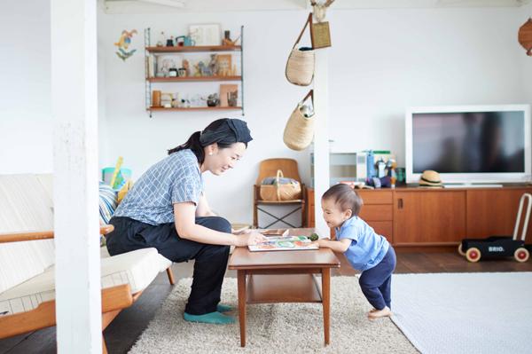 """気持ちいい""""五感""""を伝えたい  【やさしいママのモノ選び】 #01 赤木真弓さん <後編>"""