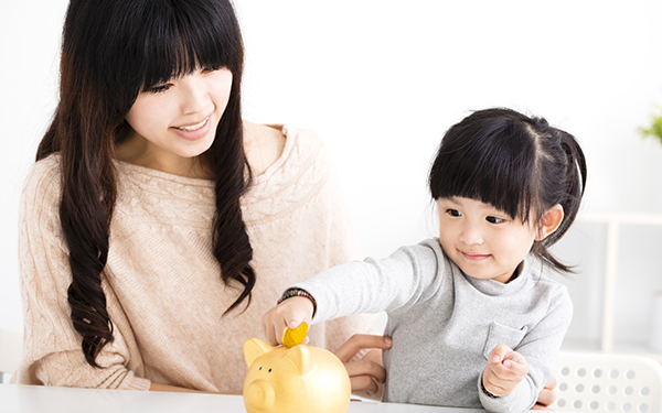 中学3年までもらえる! 子育て支援「児童手当」のスムーズな手続き方法【妊娠・出産でもらえるお金一覧2017 Vol.4】