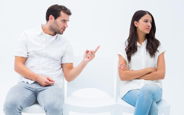 夫婦喧嘩から離婚に⁉ リスク回避と仲直りするための方法