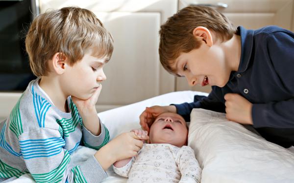 里帰り出産しないで乗り切った3兄弟ママの体験談