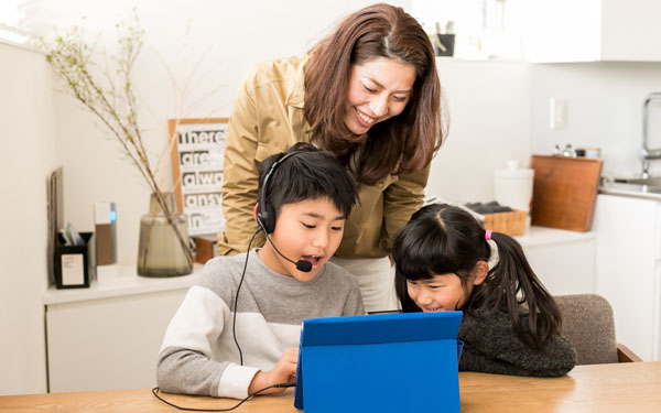 英語が驚くほど習慣化! 子どもが飽きずに学べる自宅学習法とは?