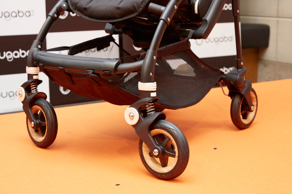 大切な赤ちゃんのために! 後悔しないベビーカー選びをしたいなら「バガブー ビー5」