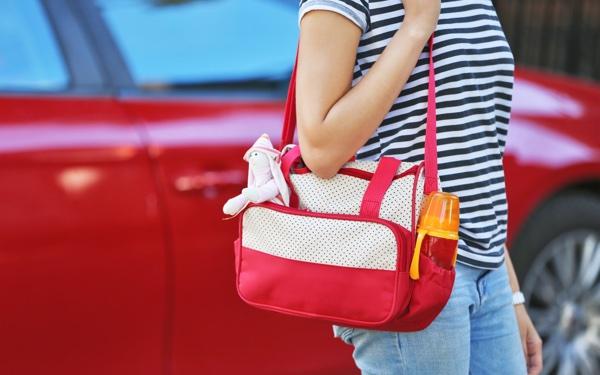 マザーズバッグはどう選ぶ? おしゃれママのバッグ選び5つのコツ