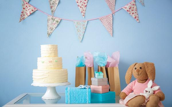男の子向けの出産祝い! 人気ブランドや名入れなどおしゃれなギフト18選