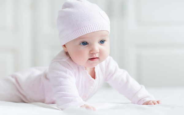e810bbe3642a2 新生児服の準備におすすめ! 種類や選び方、着せ方を紹介|ウーマン ...