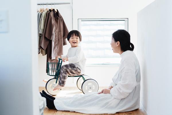 兄弟育児のバランスの鍵は、上の子を「信用する」こと #19 インスタグラマー 江花美保さん