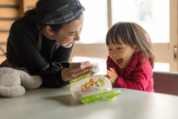 子どものおやつは「安心・安全」最優先! 料理家・川上ミホさんの食材宅配活用法