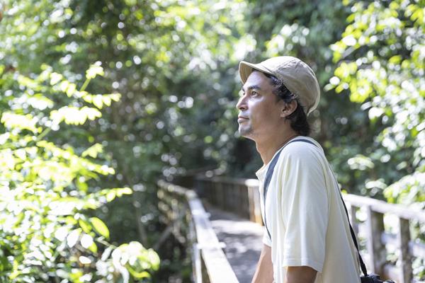 「子どもの未来につながる選択を」二児のパパが旅したパーム油の産地・ボルネオの今