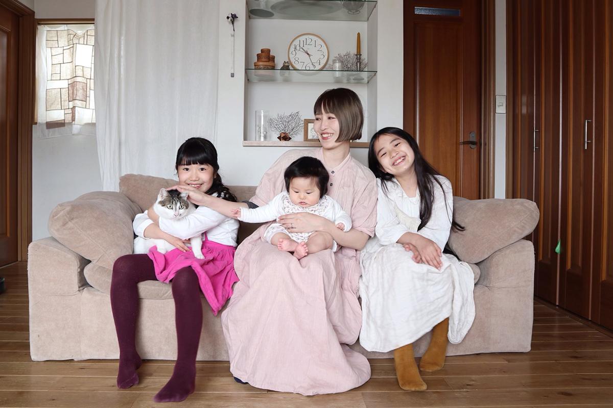 震災時に長女を、コロナ禍で三女を出産。どんなときも家族を支えてくれた「安心・安全な食材宅配」
