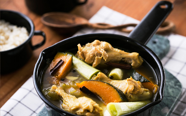 風邪予防&デトックスに効果的!『カボチャと鶏肉のスープカレー』のクレンズレシピ