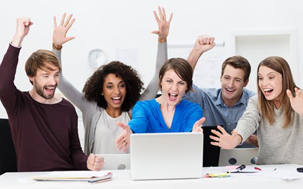 生活が保障されたとしても「働き続ける」人が多数! 働く女性が仕事に感じる「お金を稼ぐ」以上の価値とは